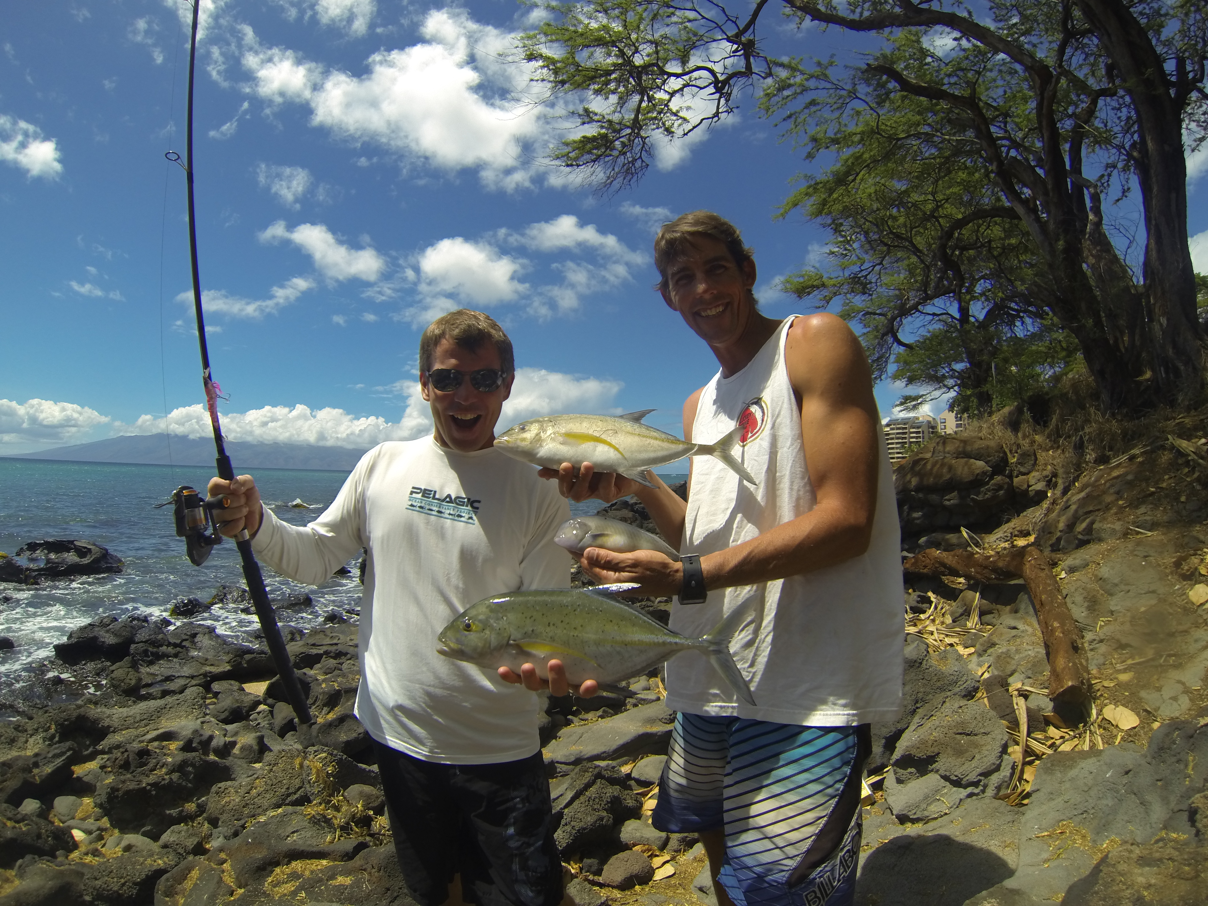 What a morning maui shore fishing guides maui fishing for Shore fishing maui
